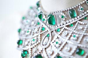 necklaceOption2