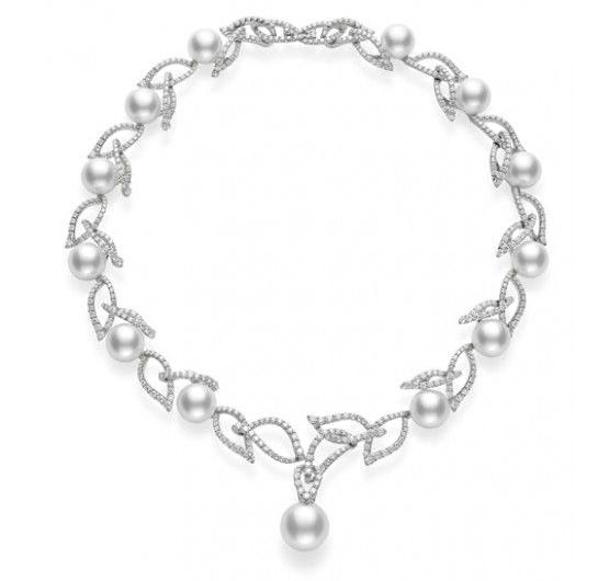 Mikimoto's Laurel necklace evokes the foliage of the laurel plant. Photo © Mikimoto.